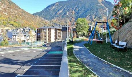 Nou aparcament i zona d'esbarjo de Casa Tresà