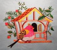 Bird in the birdhouse free embroidery design - Birds ...