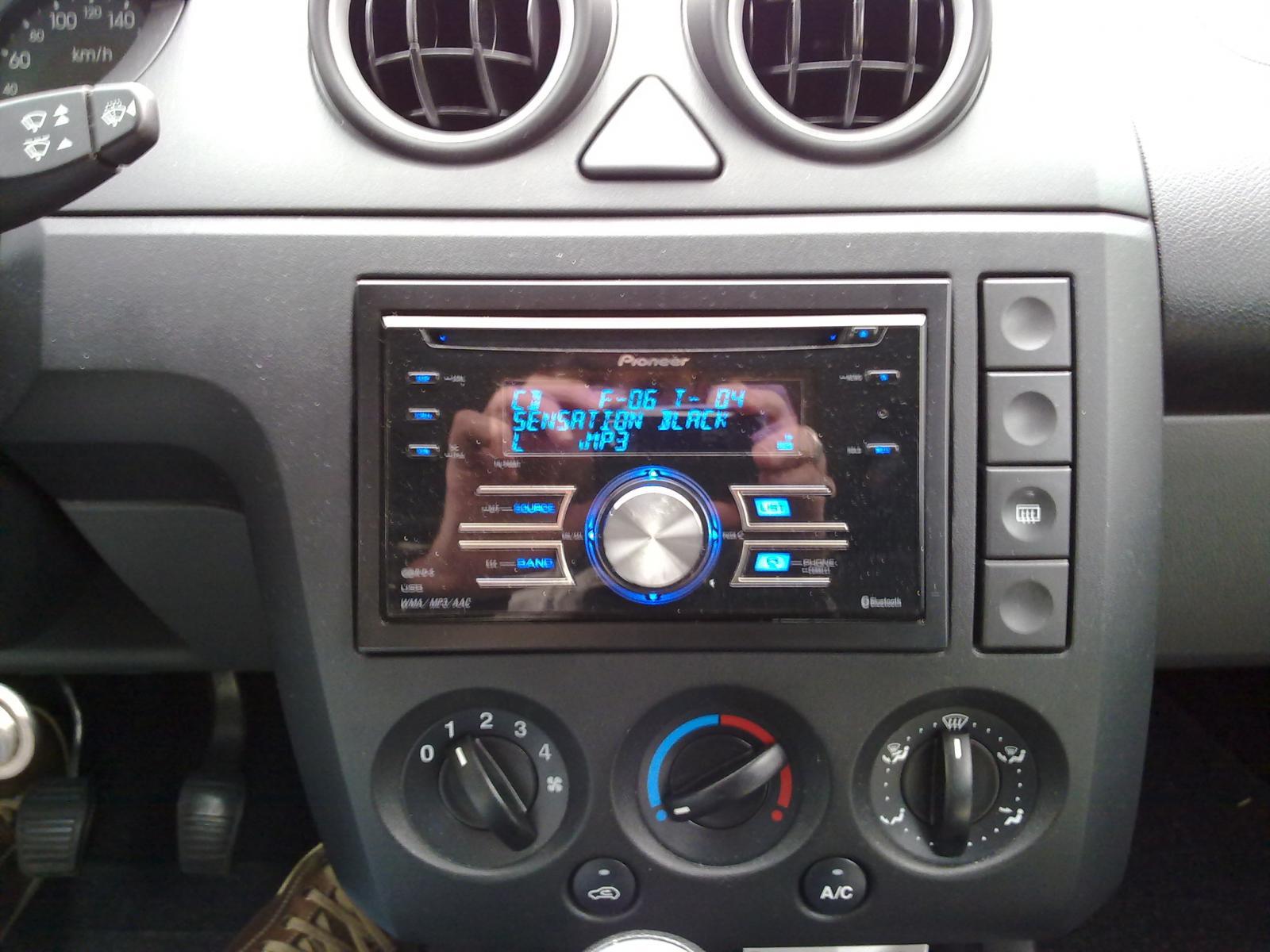 ford fiesta mk6 audio wiring diagram toyota yaris 2016 radio hatchback 2002 2008 features equipment