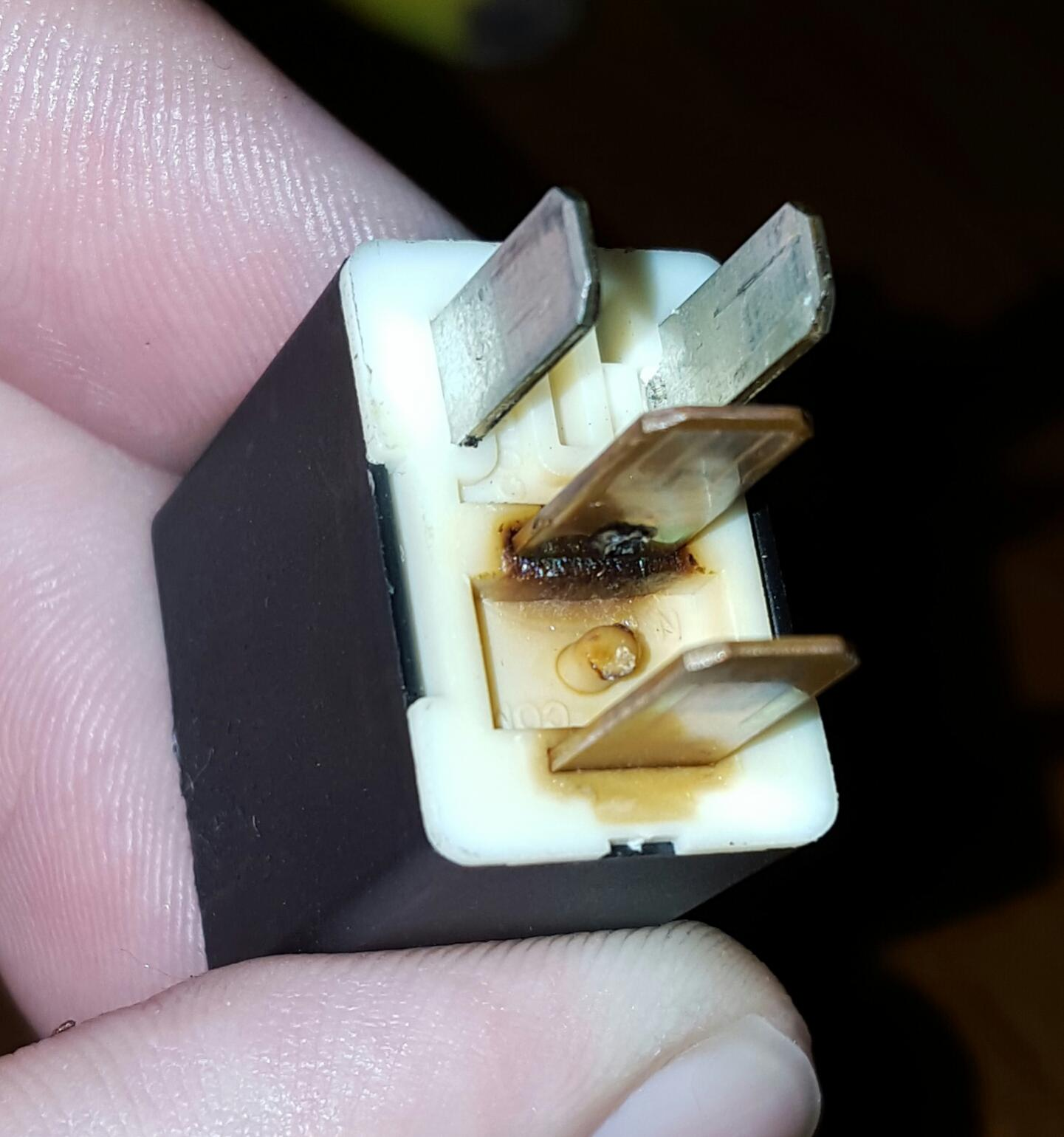 hight resolution of click image for larger version name 20160104 204820 1 jpg views 500 size burning up blower motor relays need to replace fuse block mazda
