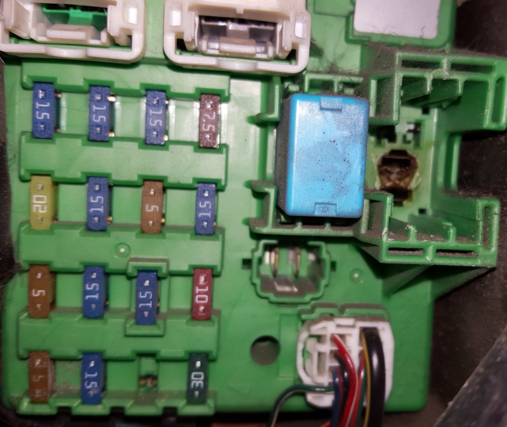 medium resolution of click image for larger version name bb jpg views 328 burning up blower motor relays need to replace fuse block mazda