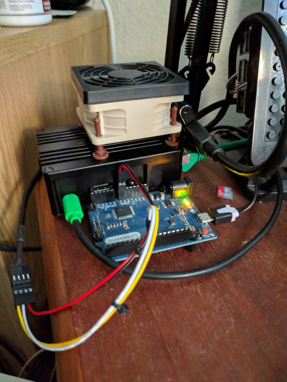 medium resolution of leonardo controlled 25khz pwm fan leonardo controlled 25khz pwm fan jpg1058 1411 630 kb