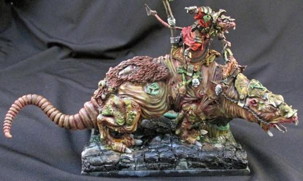 Mousekillers Skaven Warlord on Brood Horror  Works In