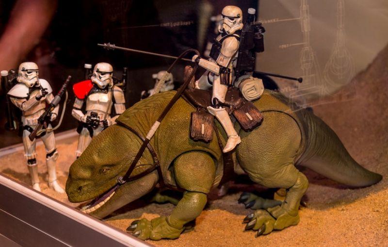 dewback with new sandtrooper
