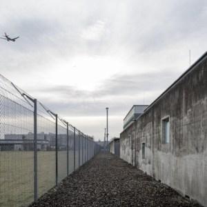 Critiquée, la Suisse continue d'emprisonner des enfants — Swissinfo.ch