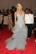 Keri Hilson, in Atelier Versace, with David Webb jewels.