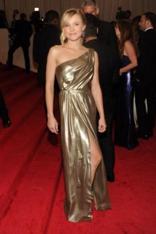 Kristen Bell, in Tory Burch.