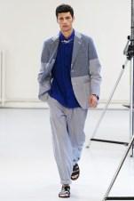 Issey Miyake (29)