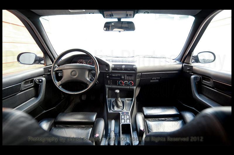 BMW M5 E34 1993 Black on black in AMAZING Condition