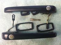 1991 late 944 door handles complete w/key