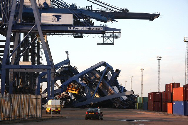 cargo crane collapse at the port of felixstowe