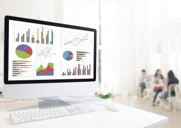pantalla de computadora con imagenes de gráficas recortadas con snipping tool