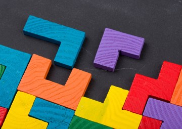 Bloques de colores Tetris interconectados - integración