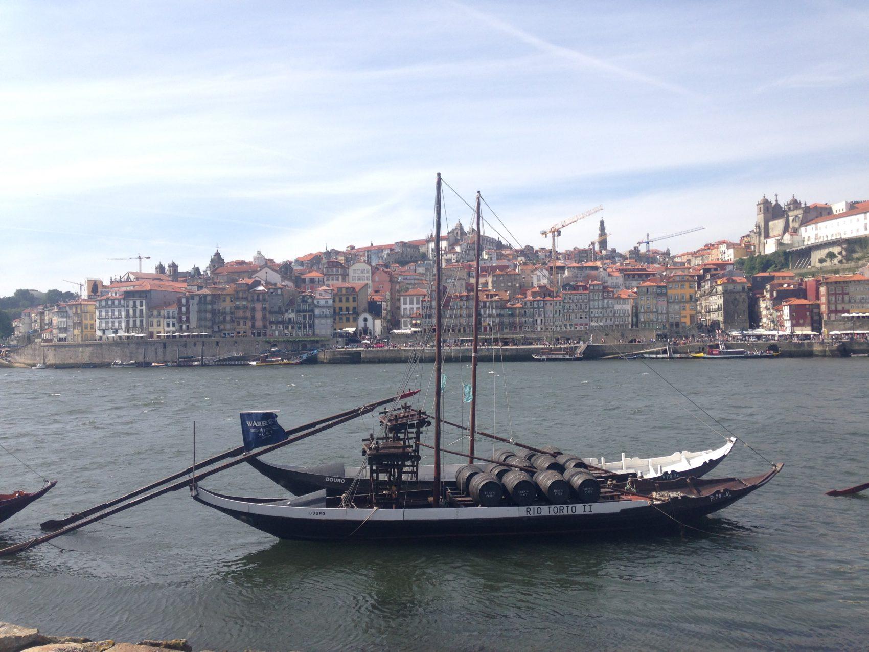 Portugal Wine Travel Guide. Porto, old town