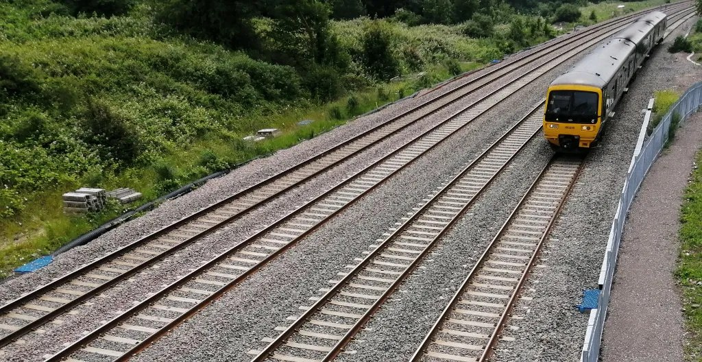 Train climbs Filton Bank after 4-tracking work was completed