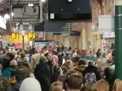 Crowds at Bristol Temple Meads