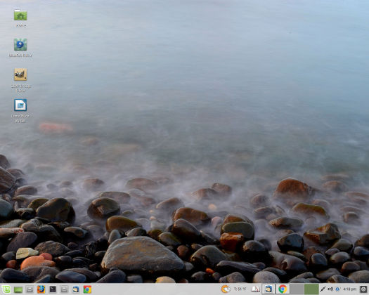 "screenshot Linux Mint Xfce 18 ""Sarah"""