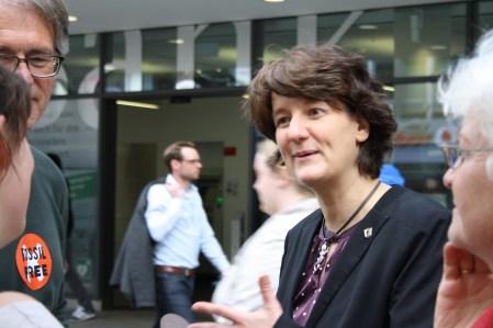 Im Gespräch mit Staatssekretärin Gisela Splett...