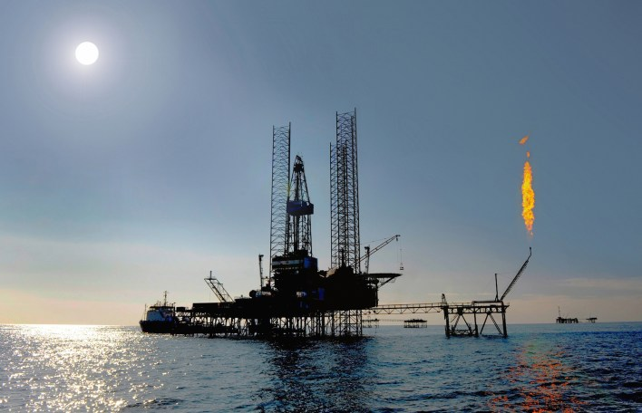 Jack-up-rig-in-the-caspian-sea