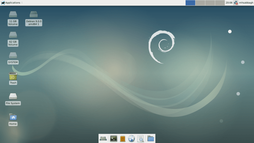 Debian 9 Review