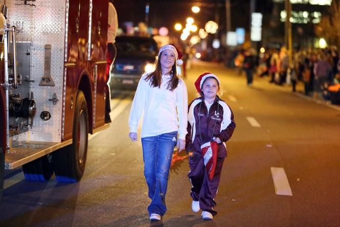 Marianna Christmas Parade 2020 Downtown Marianna, Florida Prepares For Annual Christmas Parade