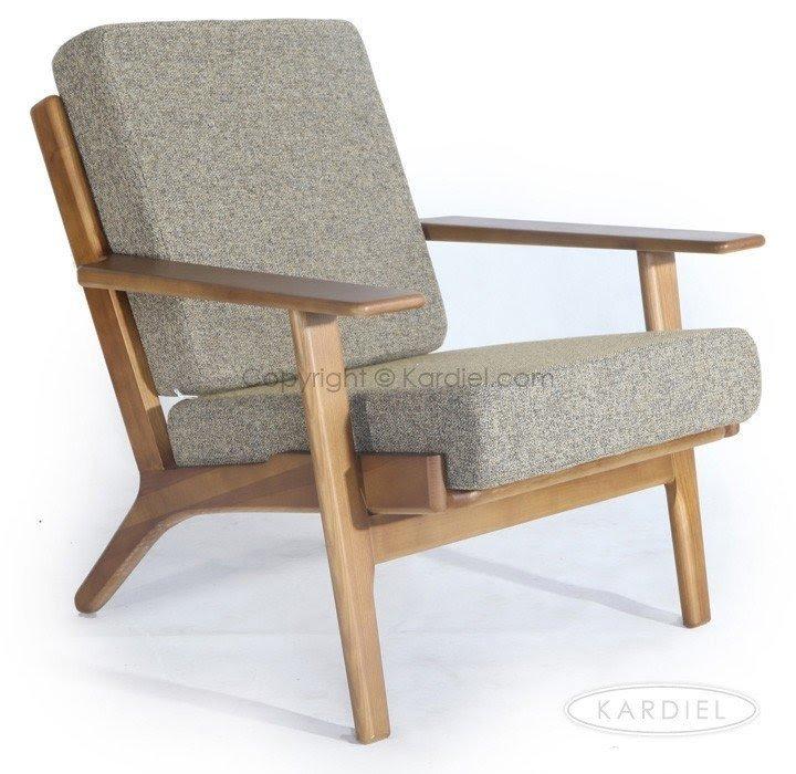 arm chair wood arms