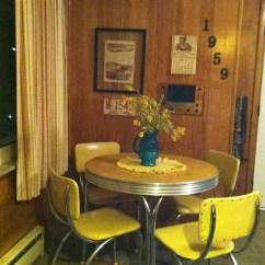 Hilton Furniture Living Room Sets Country Wall Decor Kitchen Dinette - Foter