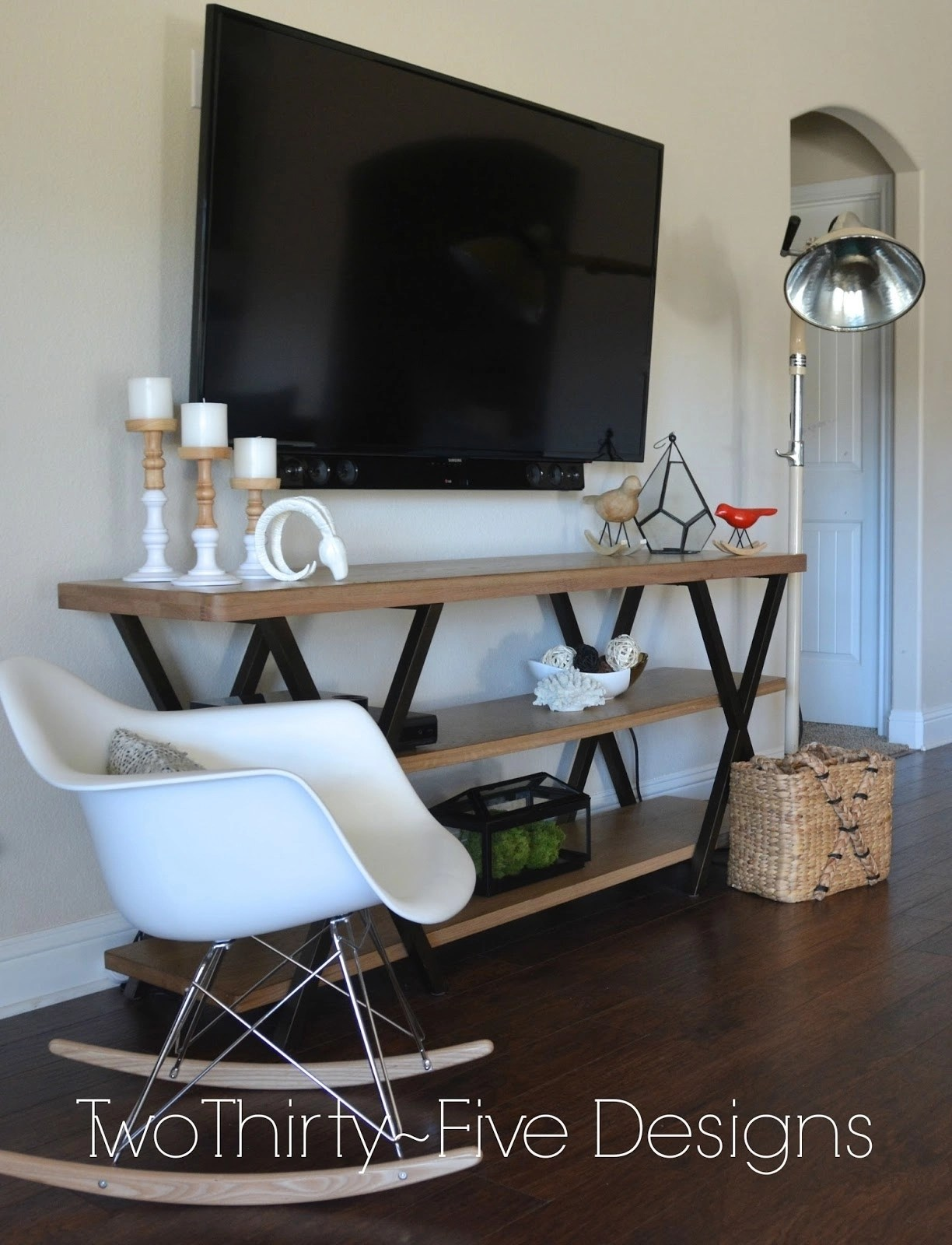 flat screen tv console tables ideas