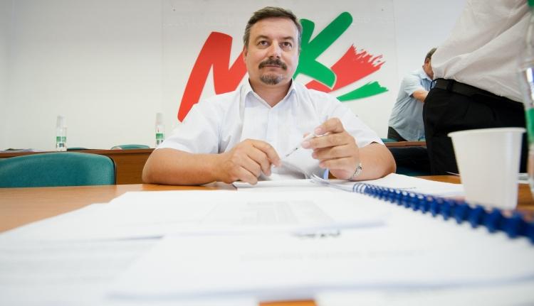 A felvidéki magyarok is az autonómiát népszerűsítik