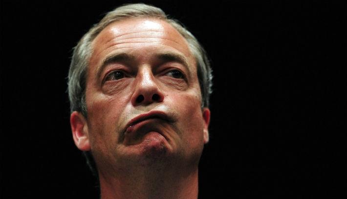 Lemondáscunami a brit politikában