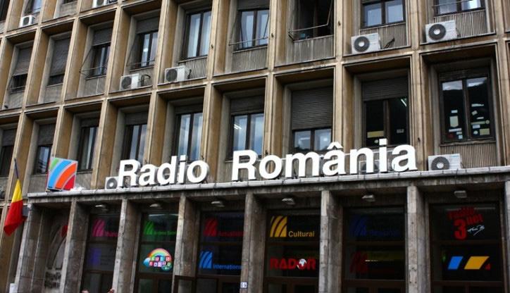 Perel az Átlátszó Erdély a közszolgálati rádió munkatársainak névsoráért