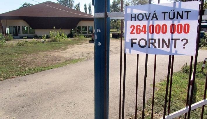 Ledózerolták a botrányokat kavaró Ady-központot Váradon