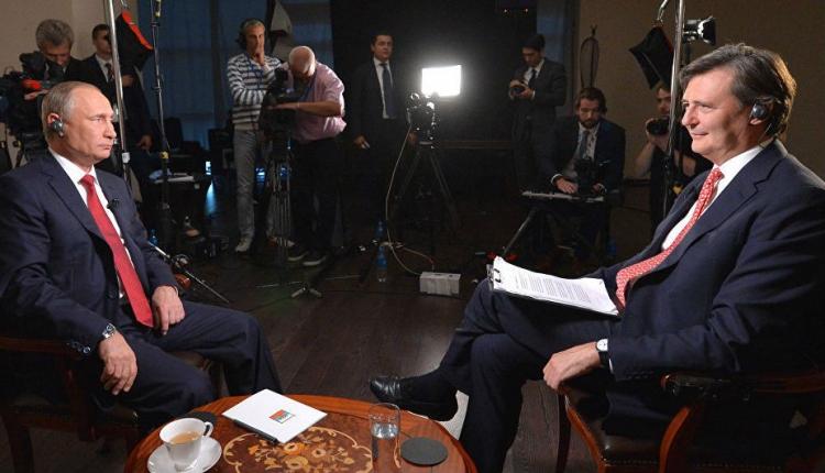 Putyin a magyar-román határ módosításáról beszélt