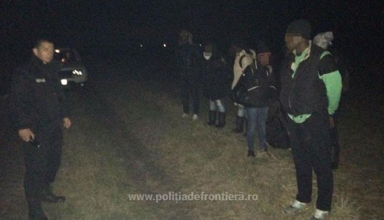 Ismét elfogtak tizennégy migránst a szerb-román határon
