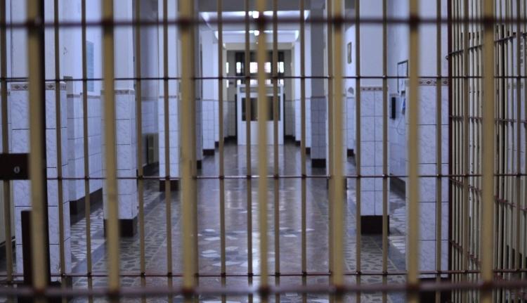 Rövidebb büntetés jár, ha túlzsúfolt a börtön