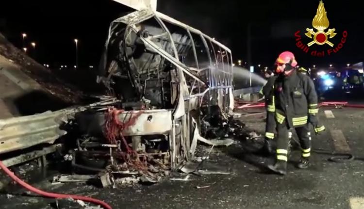 Magyar diákbusz szenvedett halálos balesetet