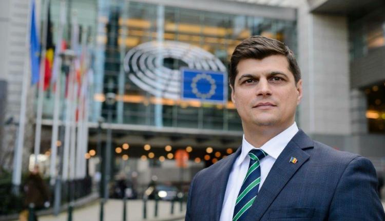 Egyesül két szélsőséges román párt