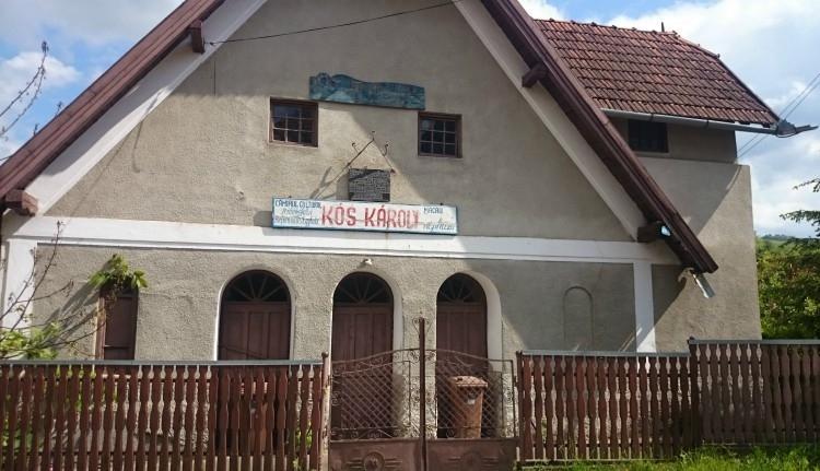 500 lejért adták el az állítólag Kós Károly tervezte kultúrházat