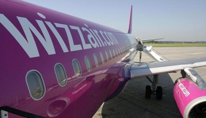 Ingyenessé teszi a nagyméretű kézipoggyászt a Wizz Air