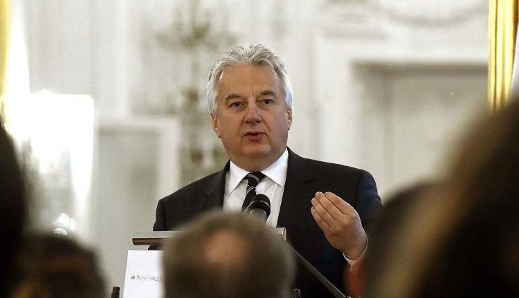 Semjén: Magyarországnak minden magyart meg kell védenie