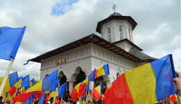Marosfőn jogokat és forrásokat követeltek a határon túli románoknak