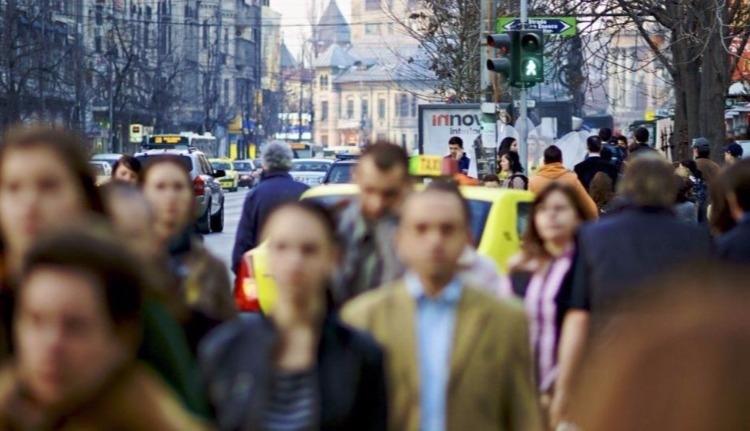 Románia népessége tavaly 122 000 személlyel csökkent