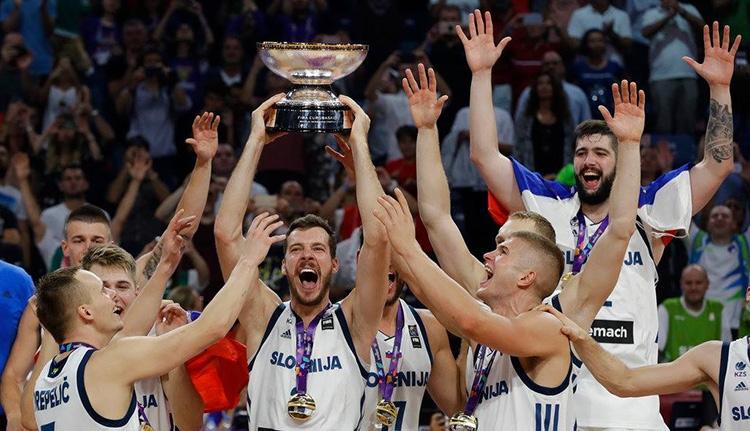 Az európai kosárlabdázás csodagyereke Eb-győzelemre vezetett egy kis országot