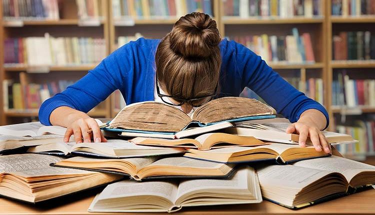 Hatalmas nyűgtől szabadulhatnak meg a tanítók és az óvodai nevelők
