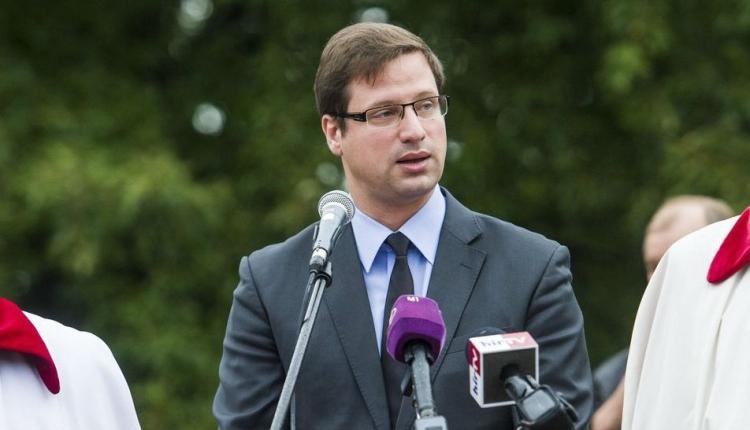 Gulyás Gergely: Brüsszel foglalkozhatna végre az őshonos kisebbségekkel is