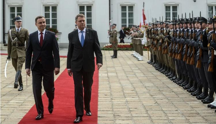 Magyarország megvédi Lengyelországot. És Románia?