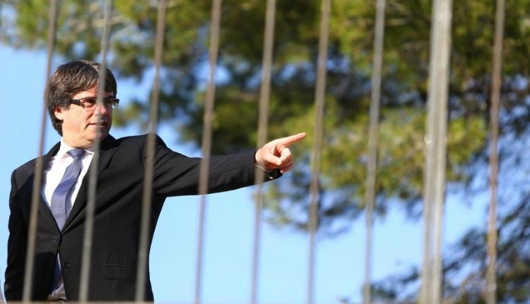Őrizetbe vették Németországban Carles Puigdemont leváltott katalán elnököt