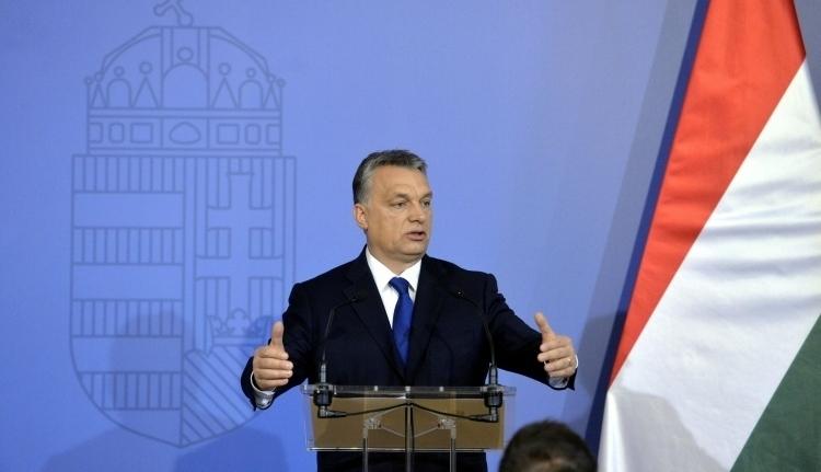 Orbán Viktor: most az EU-n a sor a kisebbségvédelem ügyében