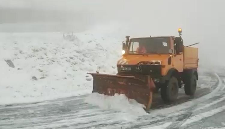 Fenyegetőznek az útügyesek: nem lesz hóeltakarítás a közutakon, ha nem kapnak nagyobb fizetést