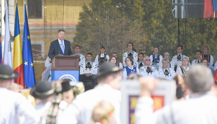 Jól beolvasott a kormánynak a kisebbségek napjára írt üzenetében Iohannis